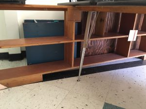 Picture of a shelf